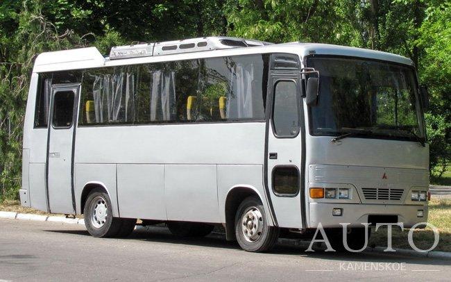 Аренда Автобус Mitsubishi Prestij на свадьбу Каменское